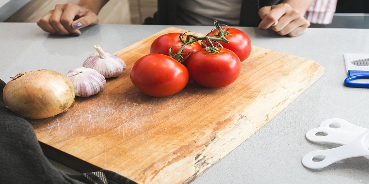 Comment réaliser des tomates farcies ?